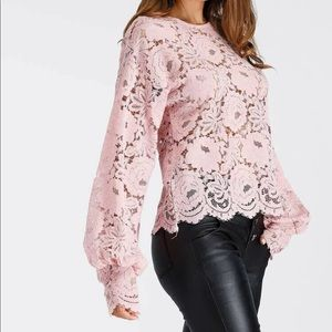 Pattern Sleeve Hollow Sleeve Top NEW Size Large